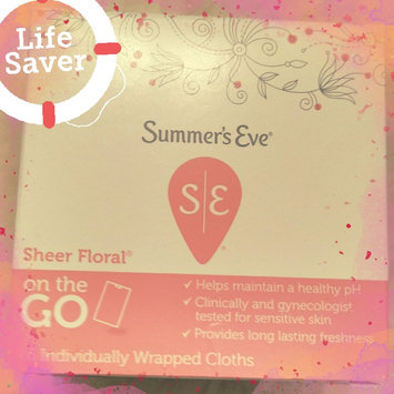 Photo of Summer's Eve Cleansing Cloths for Sensitive Skin uploaded by Veronica G.
