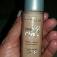 Maybelline Instant Age Rewind® SPF 18 Cream Foundation uploaded by Priscila Moura L.