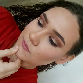 Photo of L.A. Colors 5 Color Metallic Eyeshadow uploaded by Vittoria R.