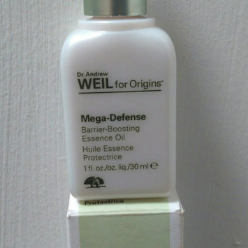 Origins Dr. Andrew Weil For Origins™ Mega Defense Barrier-Boosting Essence Oil 1 oz uploaded by alexa c.