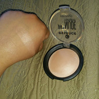Essence Pure Nude Highlighter uploaded by Yetzybeth P.