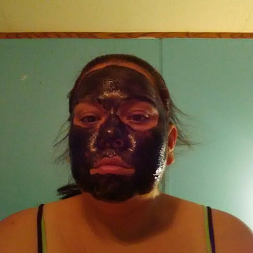 Freeman Beauty Feeling Beautiful™ Charcoal & Black Sugar Polishing Mask uploaded by Cherish H.