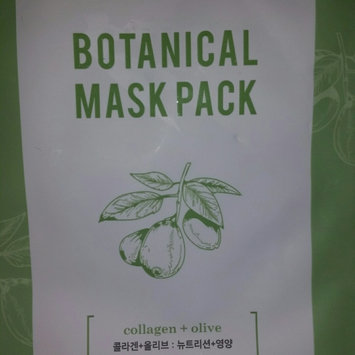 BONVIVANT Rose Botanical Mask Pack uploaded by Amanda B.