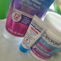 Clearasil® Ultra Acne + Marks Pads 90 ct Jar uploaded by Estrella M.