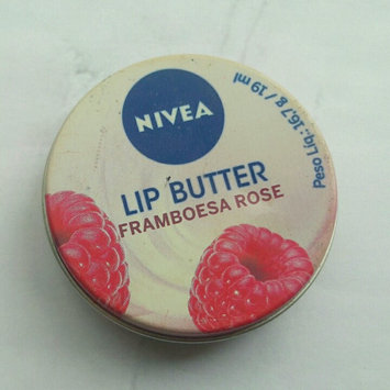 Nivea Lip Care Lip Butter Raspberry Rose Kiss uploaded by Laryssa C.