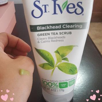 St. Ives Blackhead Clearing Green Tea Scrub uploaded by Jessica B.