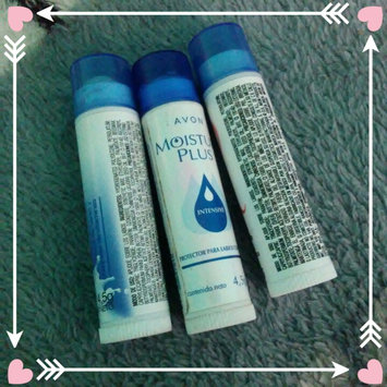 Photo of Avon Moisture Therapy Lip Moisturizer with SPF 15 Blue & White Squeeze Tube uploaded by Irais P.