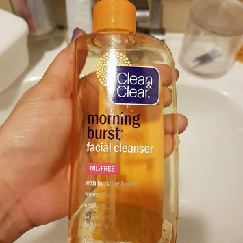 Clean & Clear Morning Burst Oil-Free Facial Cleanser uploaded by Karla L.