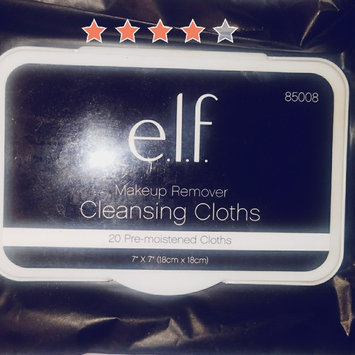 e.l.f. Studio Makeup Remover Cleansing Cloths uploaded by Amelia M.