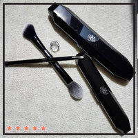 Kat Von D Shade + Light Face Contour Brush uploaded by Devika M.