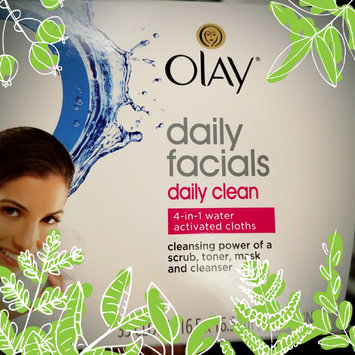 Photo of Olay Daily Facials Daily Clean 4-in-1 Water Activated Cleansing Cloths uploaded by Regine R.