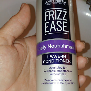 John Frieda Frizz-Ease Daily Nourishment Leave-In Conditioning Spray uploaded by Teresa N.