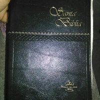 Santa Biblia--Versión Reina-Valera: Holy Bible--Reina-Valera Version (Reina Valera Bible) (Spanish Edition) uploaded by Thalia G.