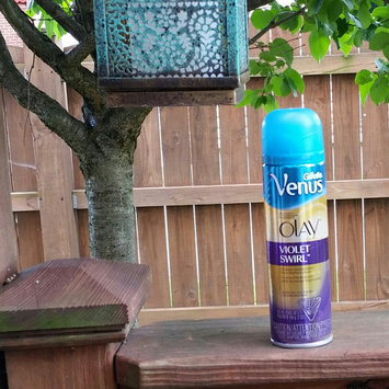 Photo of Gillette Venus Ultramoisture Violet Swirl Shave Gel with Olay uploaded by Rachel D.