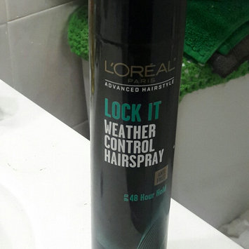 Photo of L'Oréal Paris Advanced Hairstyle LOCK IT Weather Control Hairspray uploaded by yesenia o.