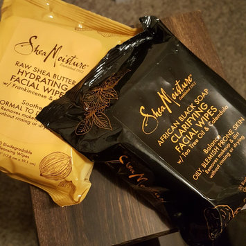 SheaMoisture African Black Soap Clarifying Facial Wipes uploaded by Marian A.