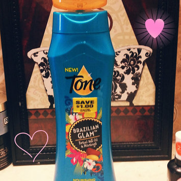 Tone® Brazilian Glam™ Brazil Nut Oil & Maracuja Nourishing Body Wash 16 fl. oz. Bottle uploaded by Yessi T.