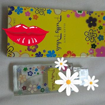 Photo of Ellen Tracy Pretty Petals 2.5 Edp Sp uploaded by Leidi R.