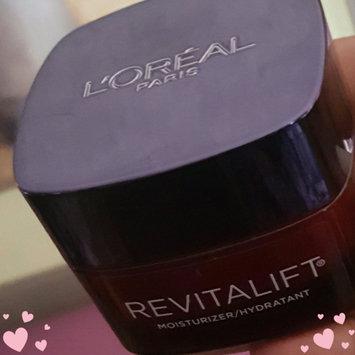 L'Oréal Paris RevitaLift® Triple Power Deep Acting Moisturizer uploaded by Talishia W.