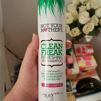 Not Your Mother's Clean Freak Refreshing Dry Shampoo uploaded by Brittany L.
