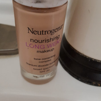 Neutrogena Nourishing Long Wear Foundation uploaded by Tasha Z.