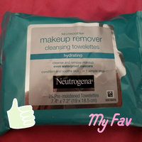 Neutrogena Hydrating Makeup Remover Cleansing Towelettes uploaded by Diana A.