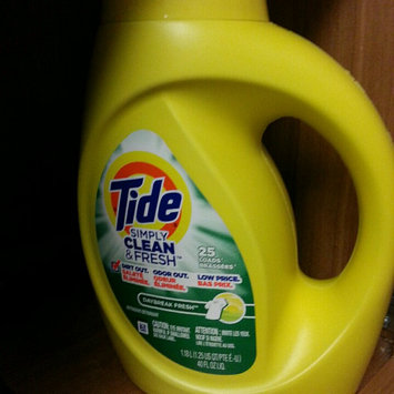 Photo of Tide Simply Clean And Fresh Liquid Daybreak Fresh Laundry Detergent uploaded by Sarah L.