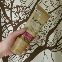 Jergens Natural Glow Daily Moisturizer uploaded by Theresa M.