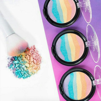 Wet n Wild Color Icon Rainbow Highlighter uploaded by Girly L.