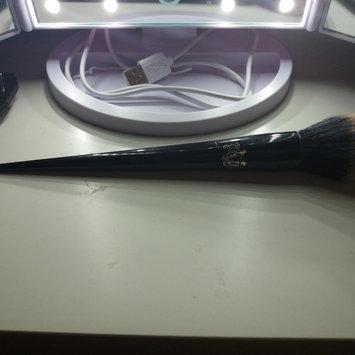 Kat Von D Lock-It Precision Powder Brush uploaded by Marta F.