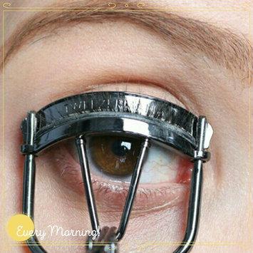 COVERGIRL Makeup Masters Eyelash Curler uploaded by rr4r y.