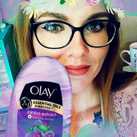 Olay Luscious Embrace with Ribbons Body Wash uploaded by Brittany O.