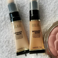 Milani Retouch + Erase Light-Lifting Concealer uploaded by houda M.