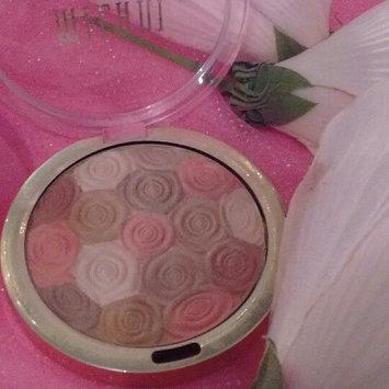 Photo of Milani Illuminating Face Powder uploaded by Angeleen O.
