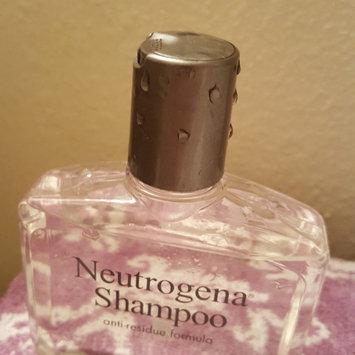 Neutrogena Anti-Residue Shampoo uploaded by Angel B.