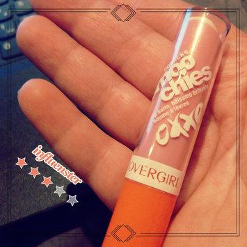 Photo of COVERGIRL Lipslicks Smoochies Lip Balm uploaded by evelynda r.