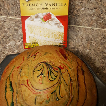Photo of Duncan Hines® Classic Yellow Cake Mix uploaded by Laura R.