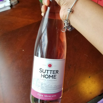 Sutter Home Pink Moscato 750 ml uploaded by Gael L.