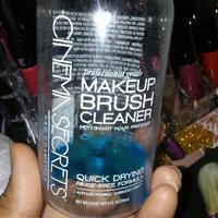 Cinema Secrets BR007 Brush Cleaner uploaded by Mayra A. V.