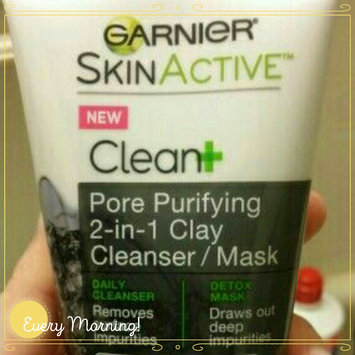 Garnier® SkinActive™ Clean+ Pore Purifying 2-in-1 Clay Cleanser/Mask for Oily Skin 5 fl. oz. Tube uploaded by stephania p.