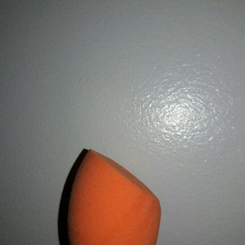 Real Techniques Miracle Complexion Sponge uploaded by Britney A.