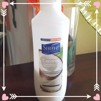Photo of Suave Essentials Tropical Coconut Conditioner 30 oz uploaded by Angelica C.