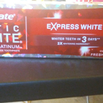 Photo of Colgate Optic White Anticavity Fluoride Toothpaste Cool Mint uploaded by Jennifer R.