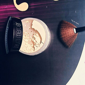 Laura Mercier Translucent Loose Setting Powder uploaded by Maryam u.