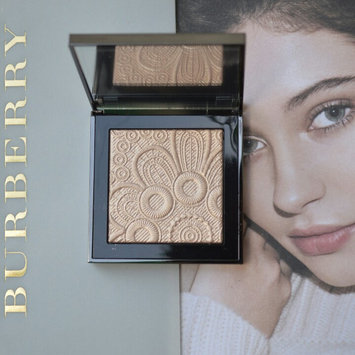 Photo of BURBERRY Fresh Glow Highlighter uploaded by Melina C.