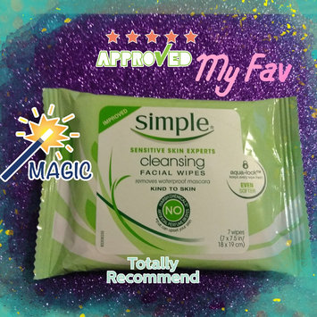Photo of Simple Oil Balancing Cleansing Wipes uploaded by Bev M.
