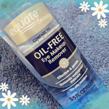 Photo of Equate Oil-Free Eye Makeup Remover, 5.5 fl oz uploaded by Amber M.