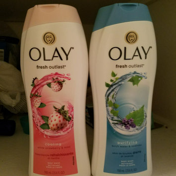 Olay Fresh Outlast Body Wash, Cooling White Strawberry & Mint, 13.5 fl oz uploaded by Celia S.