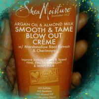 SheaMoisture Argan Oil & Almond Milk Smooth & Tame Blow Out Crème uploaded by Donneitha R.