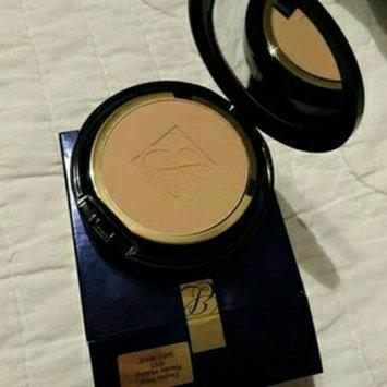 Photo of Estée Lauder Double Wear Stay-in-Place Powder Makeup uploaded by fatima ezzahra B.